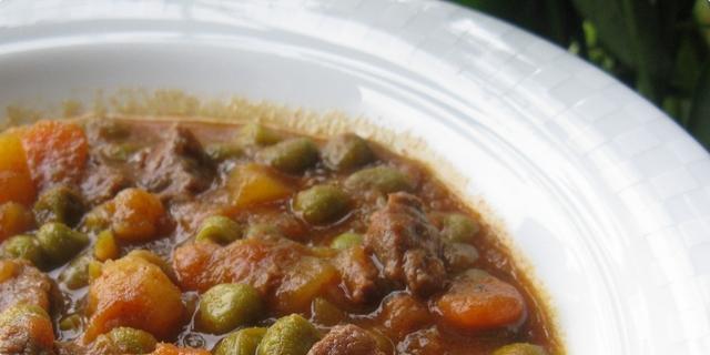 tradicionalni recept za junetinu u grašku