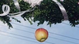 Jabuka u svatovima