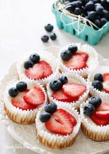 red-white-and-blueberry-cheesecake-yogurt-cupcakes-550x776