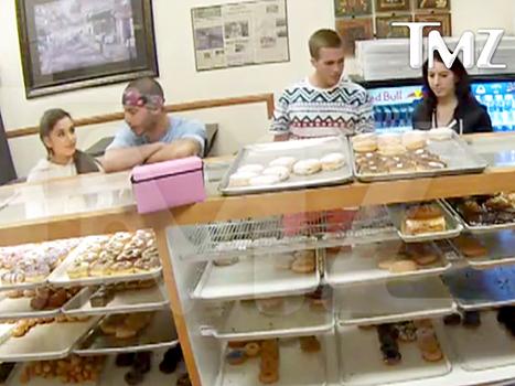 Ariana Donuts2