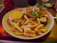 Turkey burger with frites