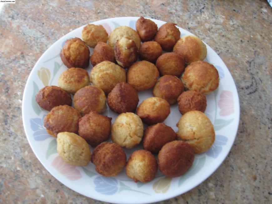 Bhakhra (Parsi Doughnuts)