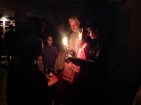 Havdala-on-Shabbat-Hanukkah