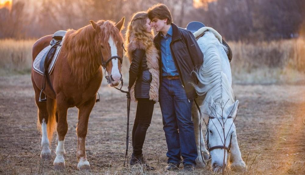 Приглашай на свидание на прогулку на лошадях