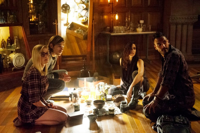 THE MAGICIANS -- Pictured: (l-r) Olivia Taylor Dudley as Alice, Jason Ralph as Quentin, Jade Tailor as Kady, Arjun Gupta as Penny -- (Photo by: Carole Segal/Syfy)