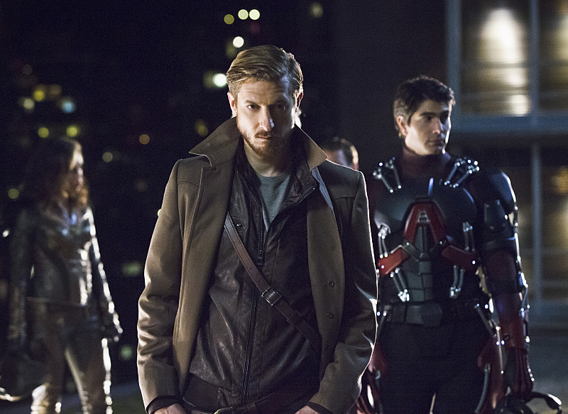 DC's Legends of Tomorrow -- Pictured (L-R): Arthur Darvill as Rip Hunter and Brandon Routh as Ray Palmer/Atom (Jeff Weddell/The CW)