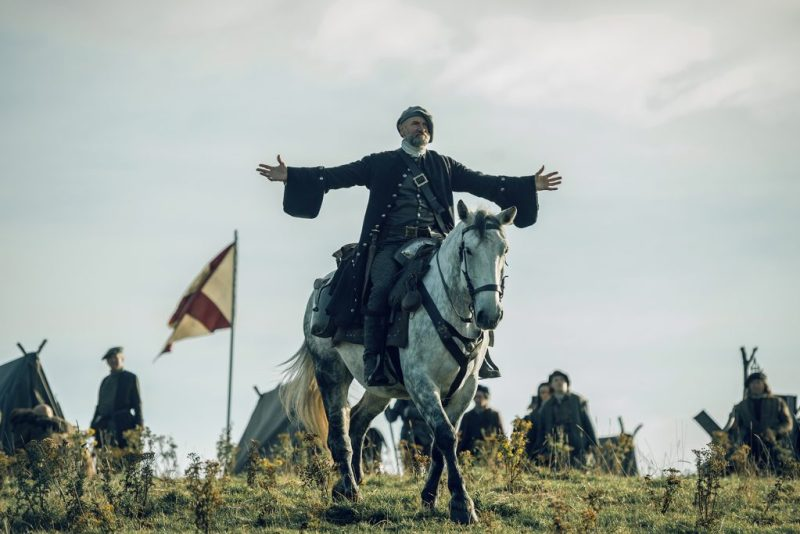 Dougal MacKenzie (Graham McTavish) inviting the entire British army to bring it.
