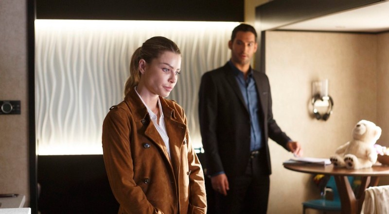 "LUCIFER: L-R: Lauren German and Tom Ellis in ""Everything's Coming Up Lucifer"" season premiere episode of LUCIFER airing Monday, Sept. 19 (9:01-10:00 PM ET/PT) on FOX ©2016 Fox Broadcasting Co. Cr: Michael Courtney/FOX."