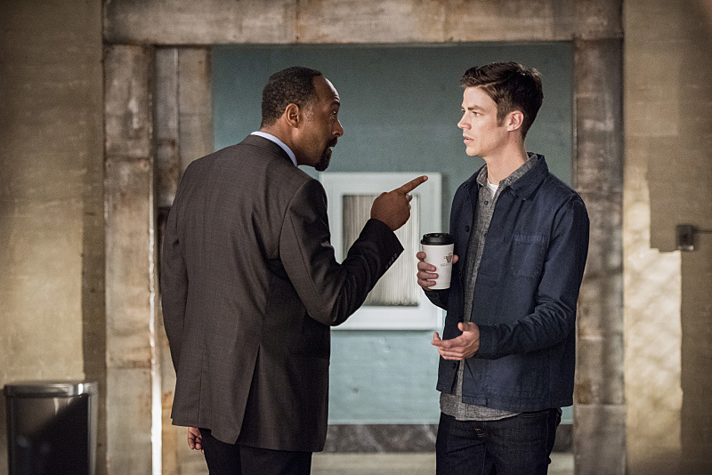 Mind your own beeswax, Barry (Dean Buscher/The CW)