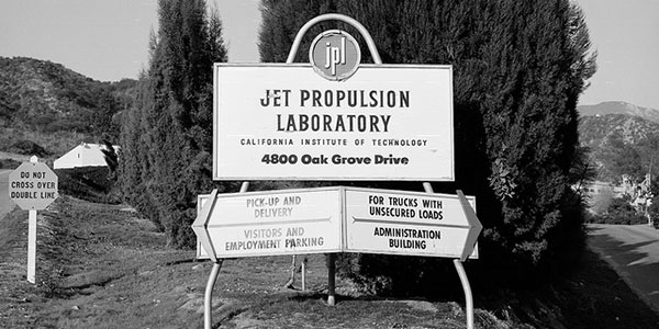 Jet Propulsion Laboratory Celebrates 80 Years with Free 2017 Calendar