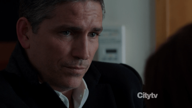 Mr. Reese (Jim Caviezel) removing the needle - Person of Interest