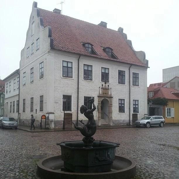 Svea y Pablo - Kalmar, una ciudad con mucho arte - Fuente antigua