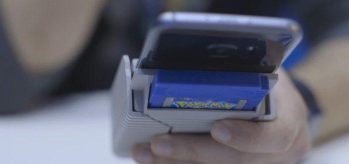 smartboy-smartphone-game-boy-hardware-gadget-emulator-controls-nintendo-cartridge-rom