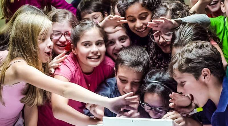 Skype-Translator-Classroom-Children-Kids-Communication-Languages-Microsoft