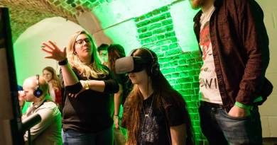 EGX Rezzed 2017 VR Girl Playing Games Gaming Event London UK