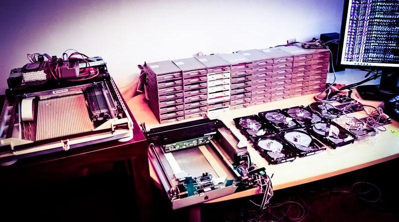 Floppotron Floppy Drive Retro Computer Music Gear Equipment