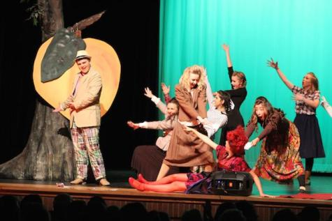 "The Acting Troupe of Lambert's preview of ""James and the Giant Peach"""