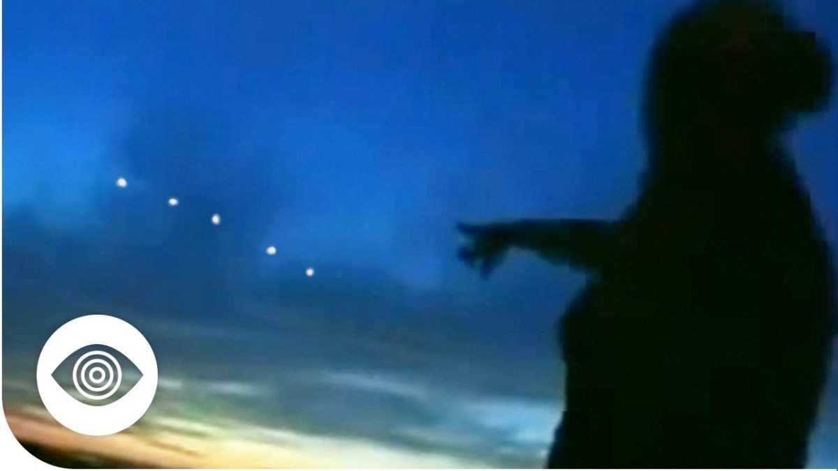 What Are The Phoenix Lights?