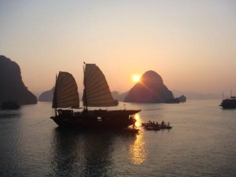beautiful sunset in Vietnam - Visit50.com