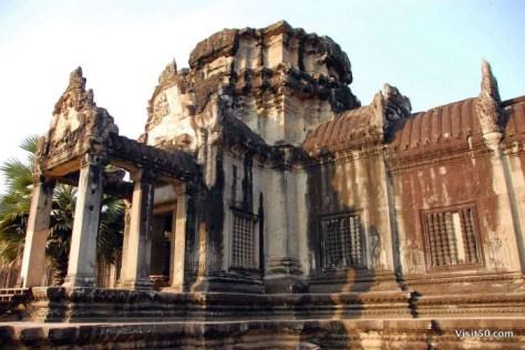 Angkor Wat entrance - Angkor Wat at Visit50.com