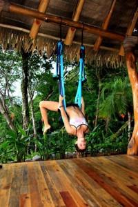Swinging | Sasha Dae | @sashadae | nosarananda.com
