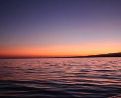 海と夕日の写真