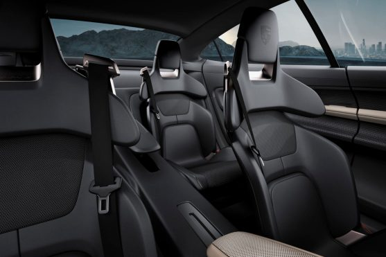 Four individual seats, like the Panamera