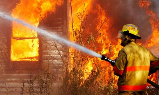 Раньше женщина уже оставляла детей без присмотра а они устраивали пожар