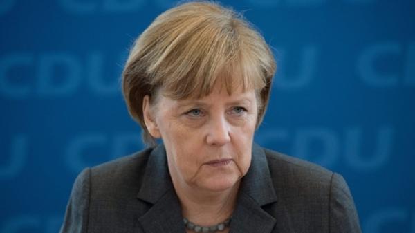 Меркель после холодной войны мир не смог наладить отношения с Россией