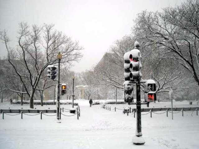 Две тысячи авиарейсов в США отменены из-за снежной бури