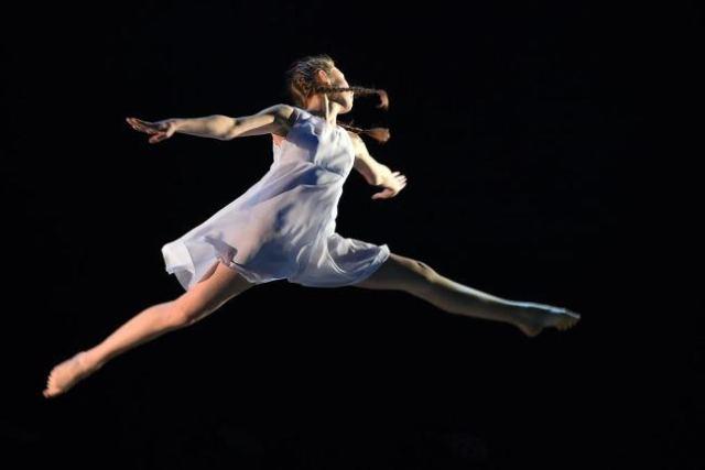 Британские ученые научат танцевать женщин правильно