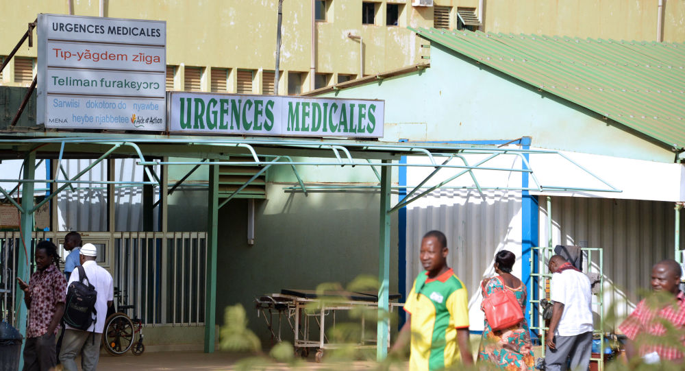 По данным источника, в результате вооруженного нападения на севере Буркина-Фасо погибло не менее 32 человек