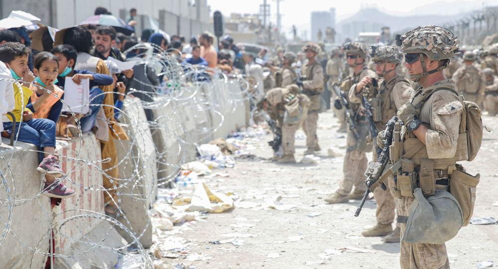 Байден описывает эвакуацию из Афганистана как «крупнейшую воздушную перевозку людей в истории»