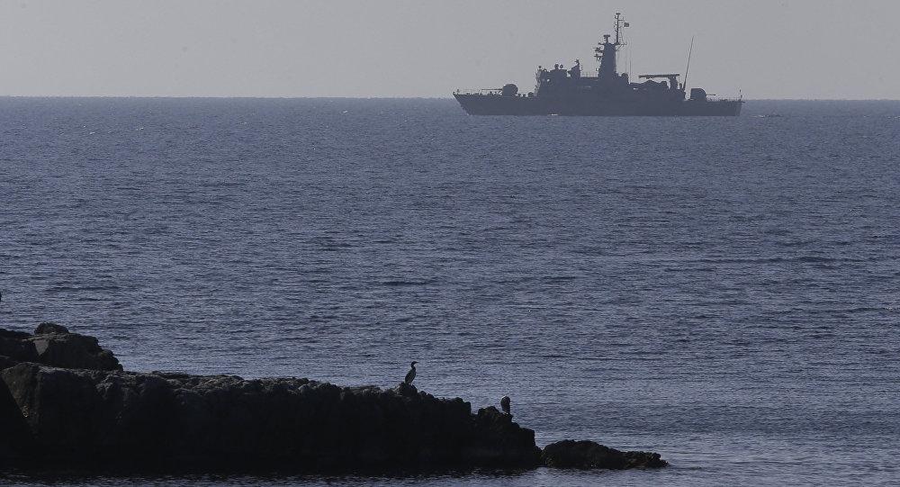 В отчетах говорится, что грузовое судно тонет в Эгейском море, экипаж спасен