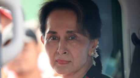 Свергнутый лидер Мьянмы Аунг Сан Су Чжи пропустил слушание в суде из-за болезни — адвокат