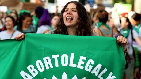 Верховный суд Мексики отменяет уголовную ответственность за аборты своим знаменательным постановлением