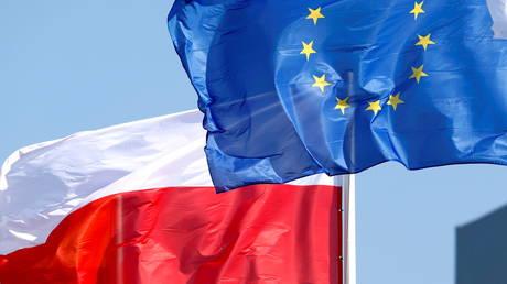 Франция заявила Польше, что государства, которые не играют по правилам ЕС, не получают « преимуществ Европы » на фоне спора из-за верховенства закона