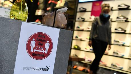 Государство Германии позволяет ВСЕМ предприятиям запрещать клиентам товары, даже в отношении продуктов и других предметов первой необходимости