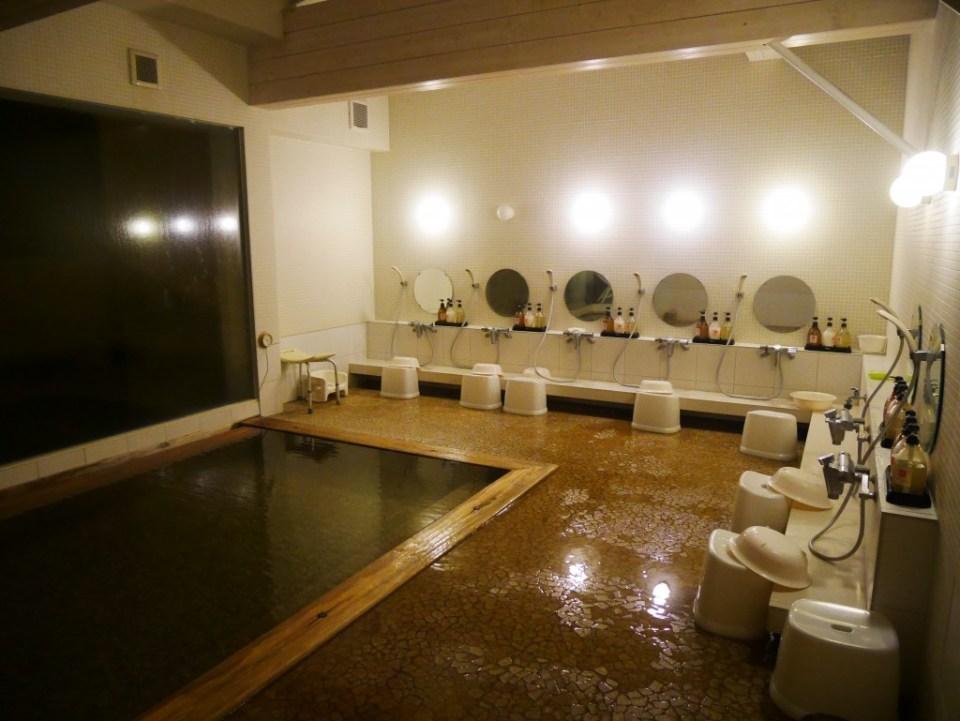 L'onsen de l'hôtel