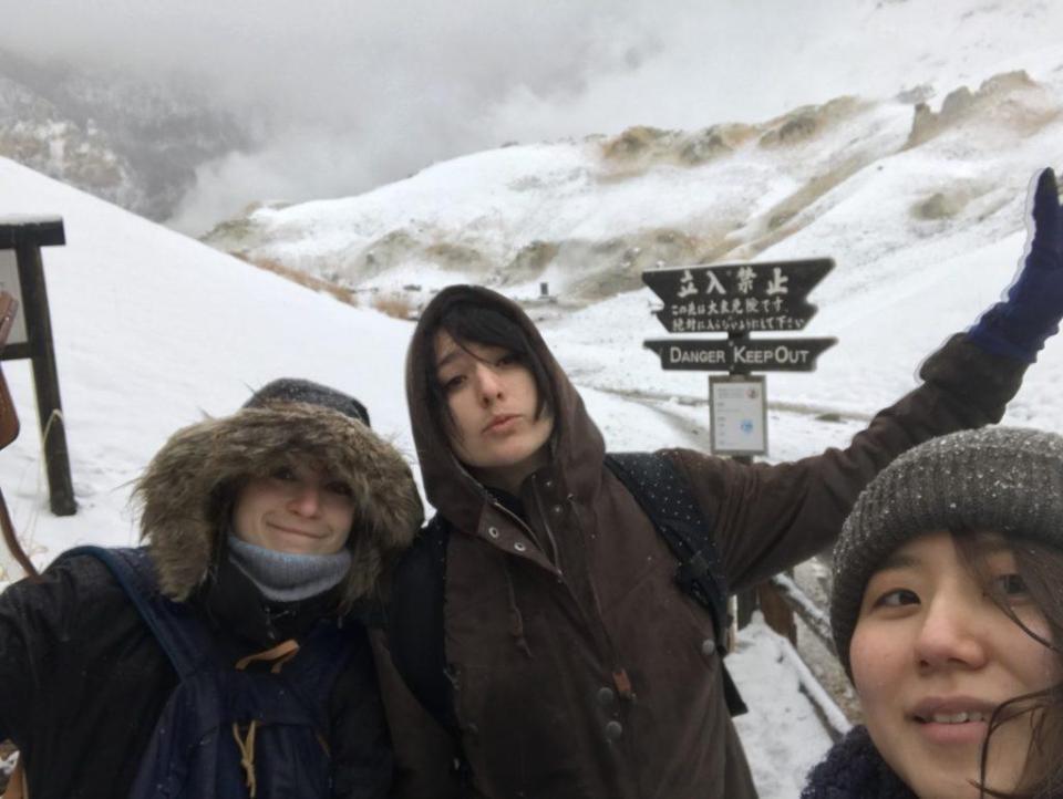 Yuiko, Aurélie et moi à Noboribetsu
