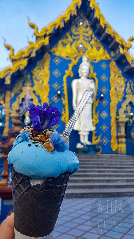 La fameuse glace bleue !