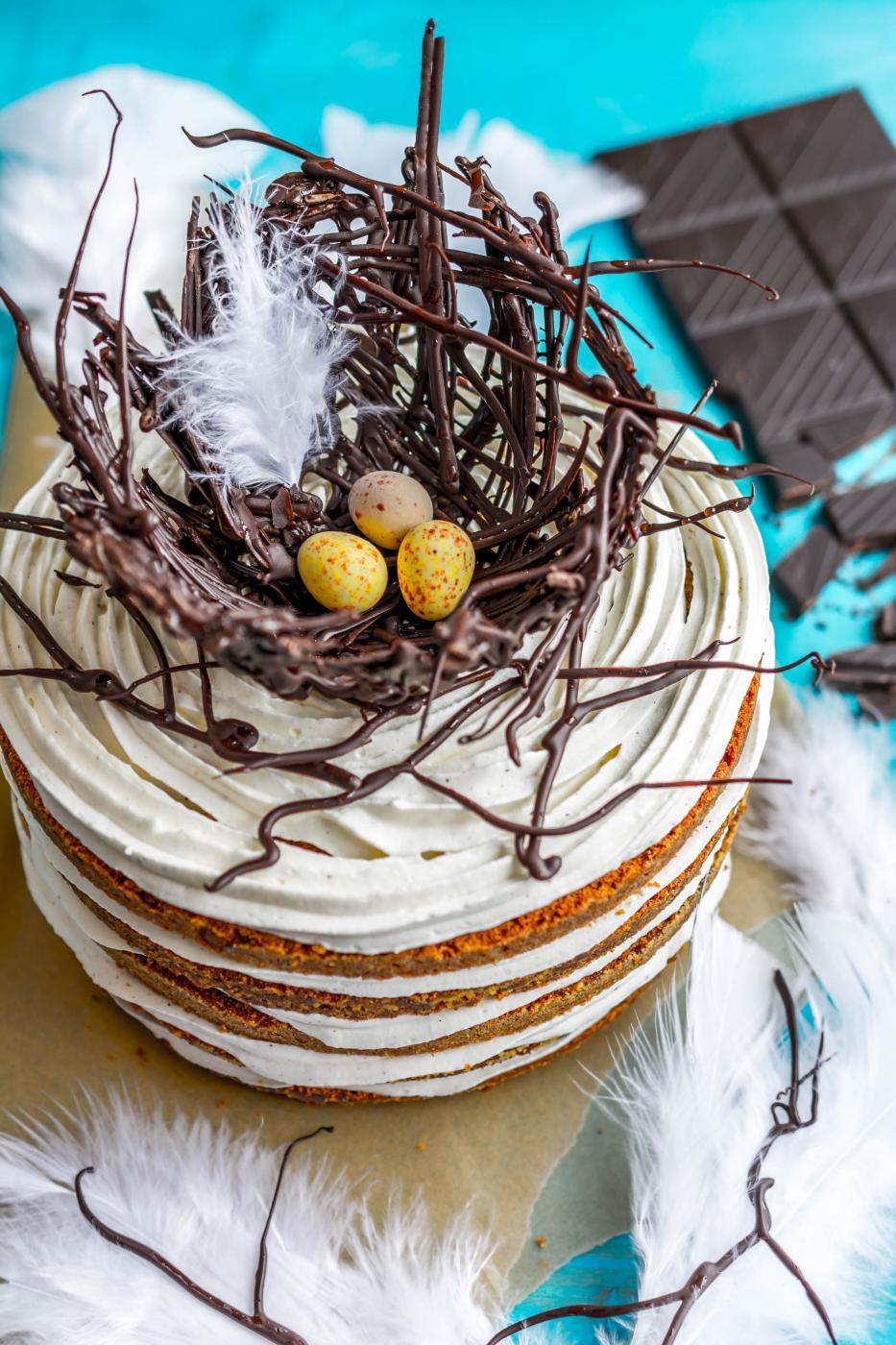 Mikäs tipu se kakun päälle pesi?
