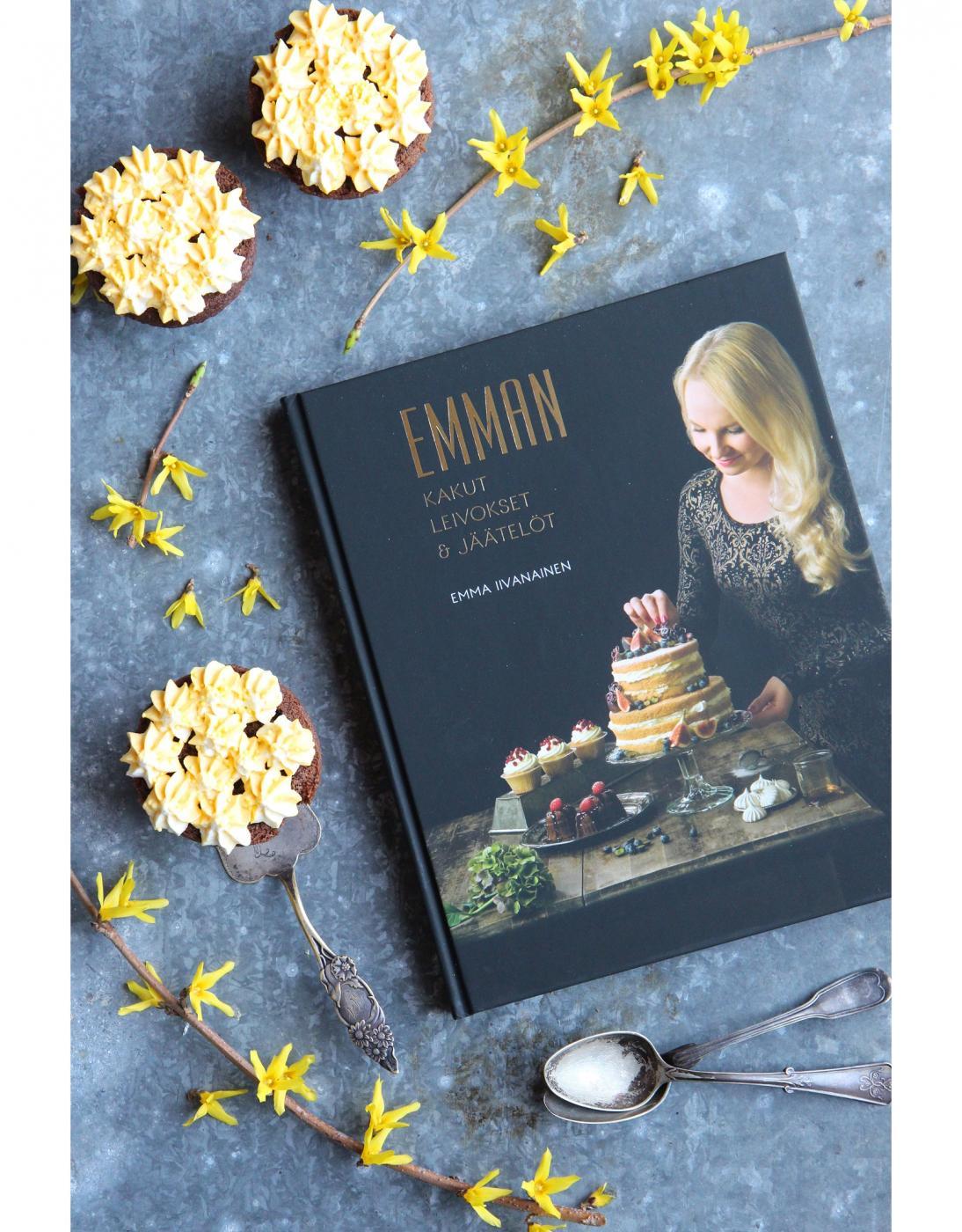Arvonnassa Emman uusi kirja