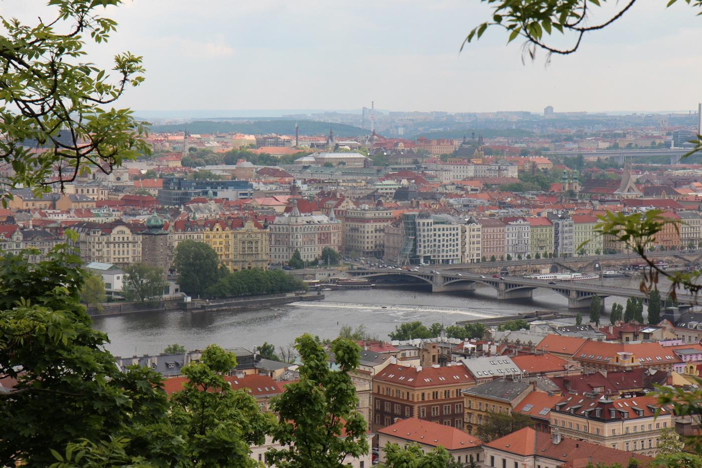 Hurmaava keväinen Praha