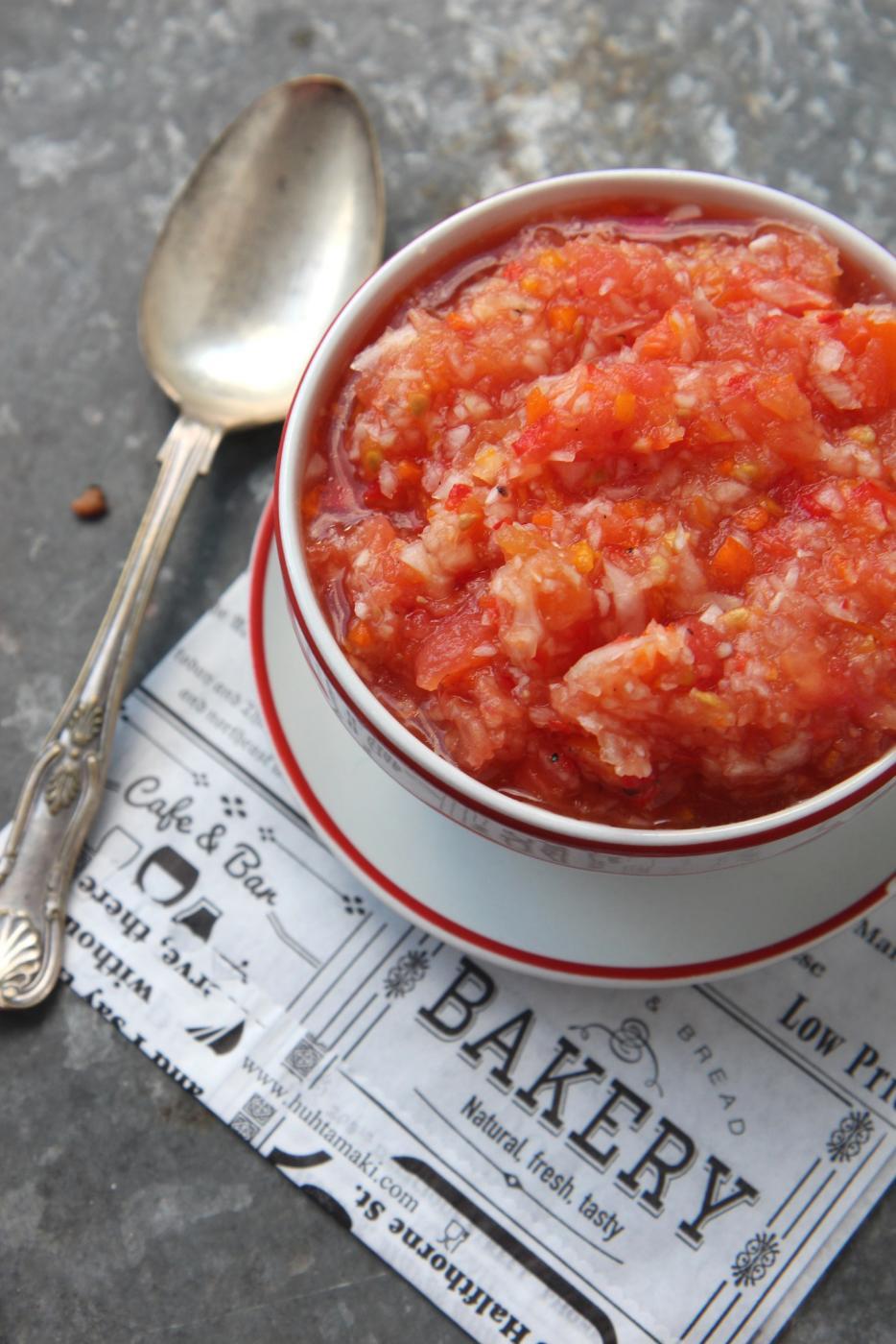 Tomaattinen tuoresalsa