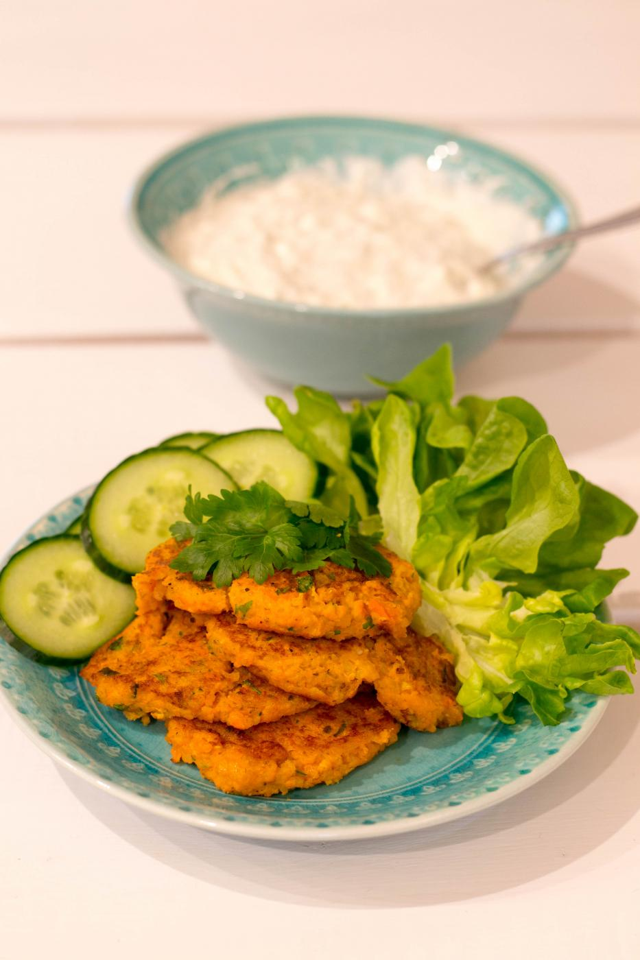 Kvinoa-porkkanapihvit