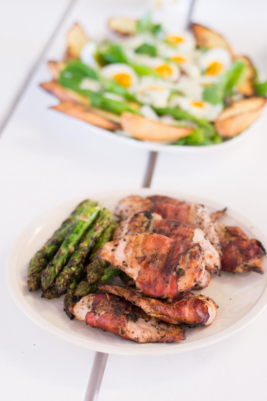 Broileri-saltimbocca grillissä