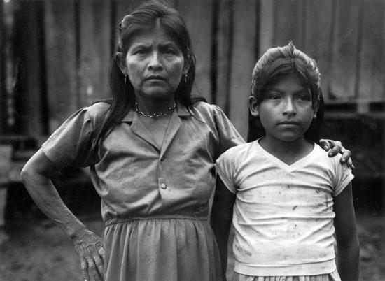Maria Entsakua et sa fille