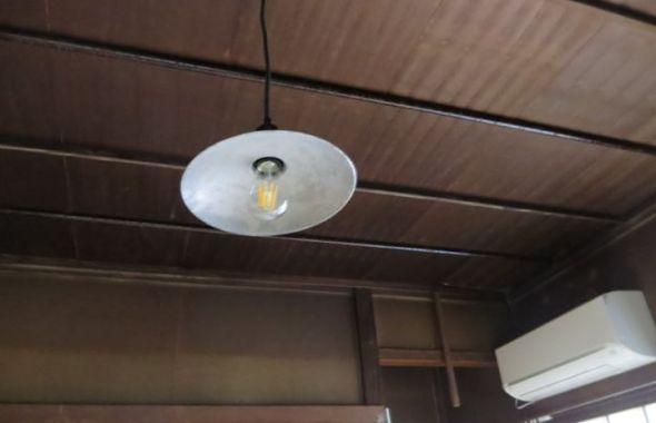 昭和レトロな照明・ハウススタジオ