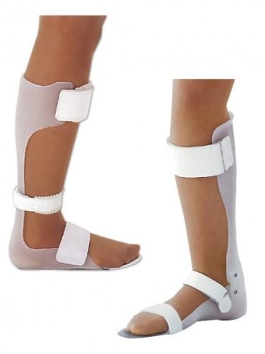 プラスチック短下肢装具